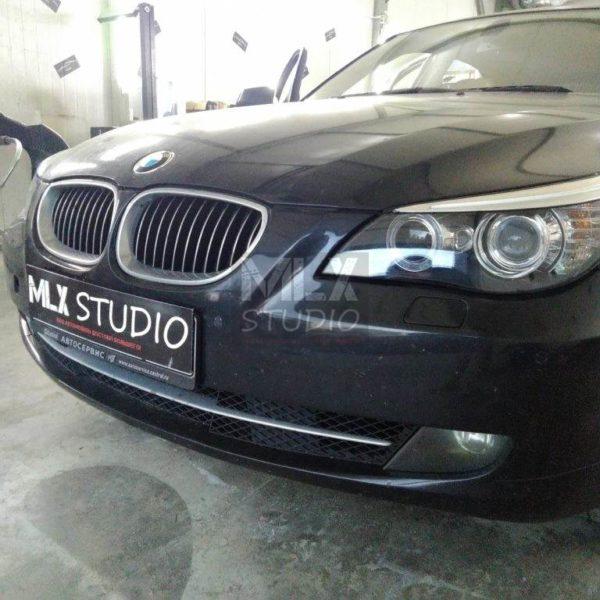 BMW 5 Series E60 (2009 г.в.). Замена стёкол фар.