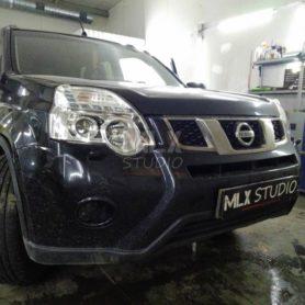 Nissan X-Trail. Bi-Led